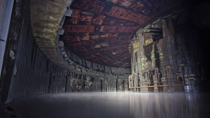 interior de una fabrica de cohetes militares de la URSS en Rusia