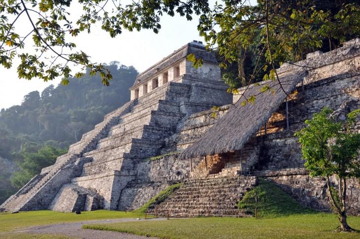 Ciudad maya en Palenque Chiapas, México