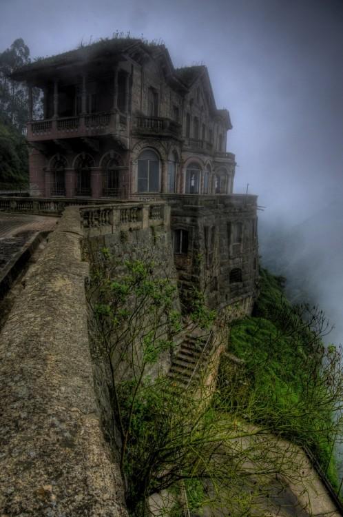Hotel abandonado del Salto, Colombia