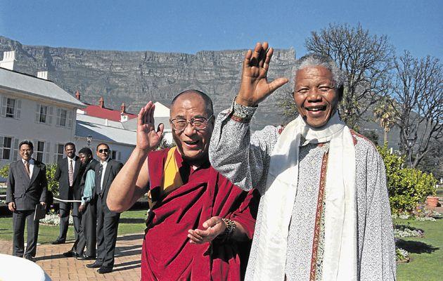 Dalai Lama con Nelson Mandela en Sudafrica