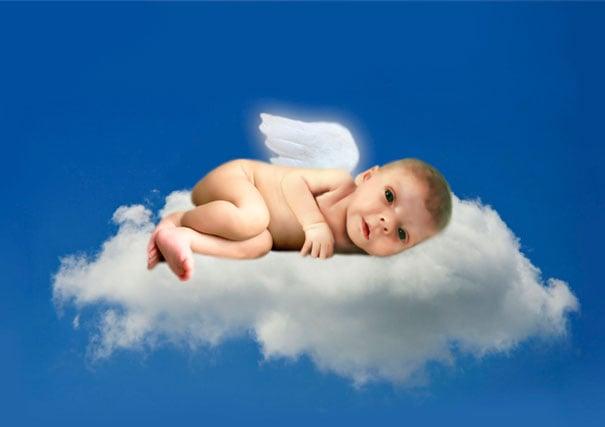hija de nathen en forma de querubín en el cielo