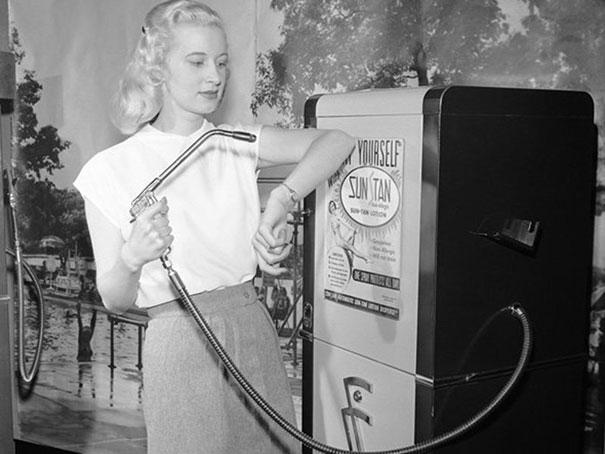 Maquina expendedora de bronceador, 1949