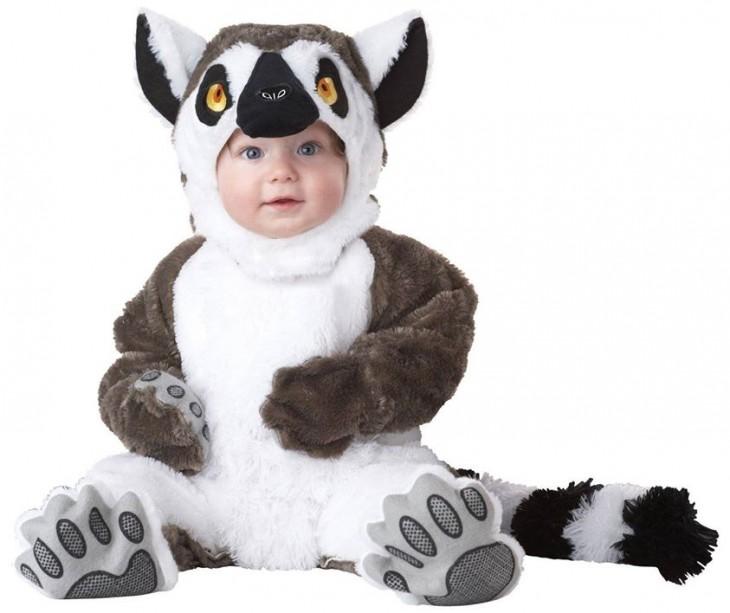 bebé disfrazado de lemur