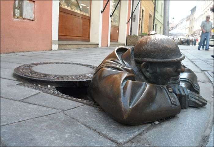 Escultura  Hombre Trabajador, Eslovaquia