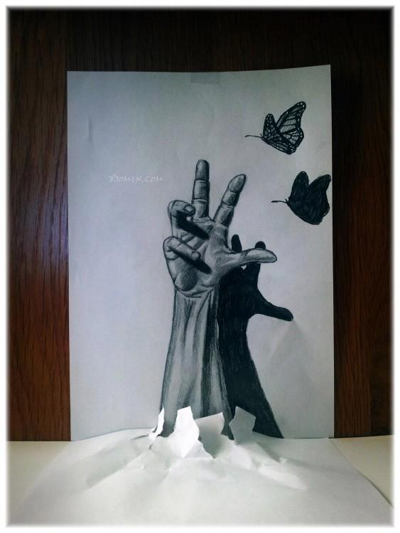 Dibujo en 3D de una mano queriendo atrapar una mariposa sobre una hoja de papel