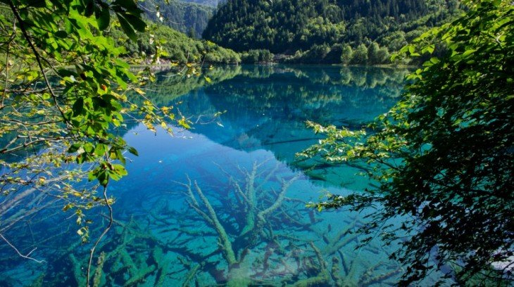 Jiuzhaigou-Valley-China-940x526 (1)
