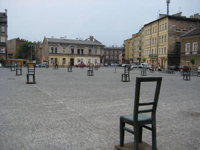 esculturas de la Seguna Guerra Mundiál en memoria a los Judíos