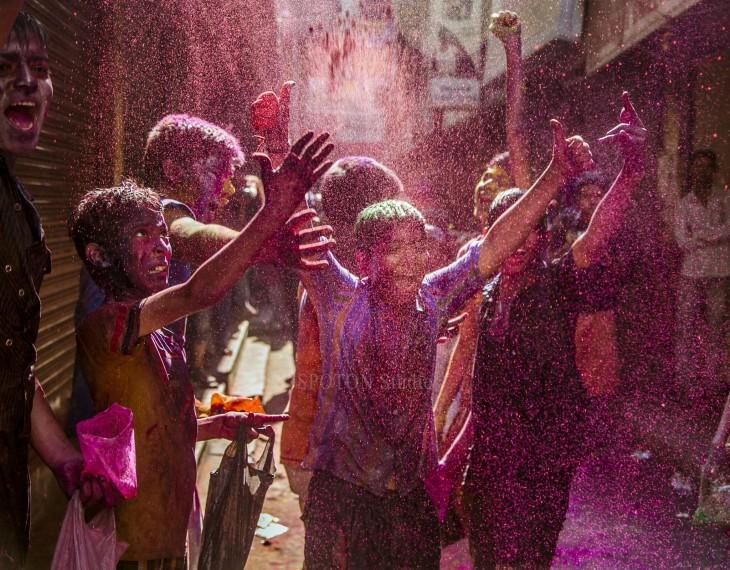 Niños jugando en la India
