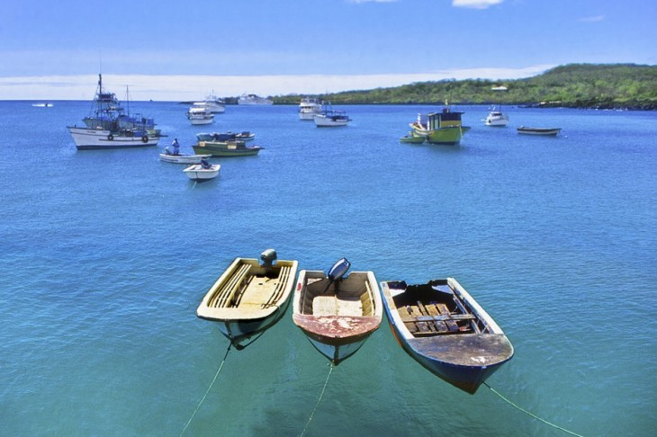 Puerto-Ayora-Galapagos-Ecuador-940x626