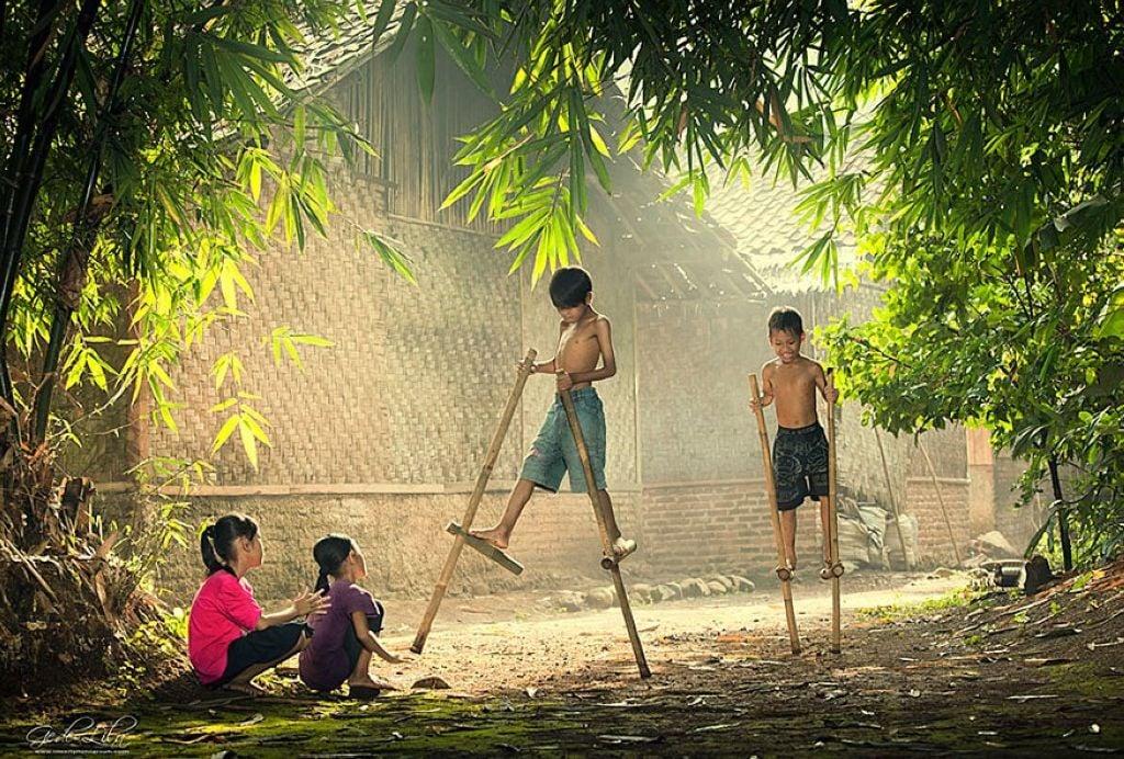 35 Fotos Magicas De Ninos Jugando Alrededor Del Mundo