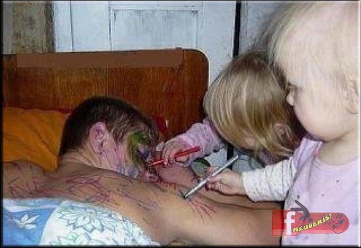 25 Maneras en que los Niños Pueden Amargarte el Día