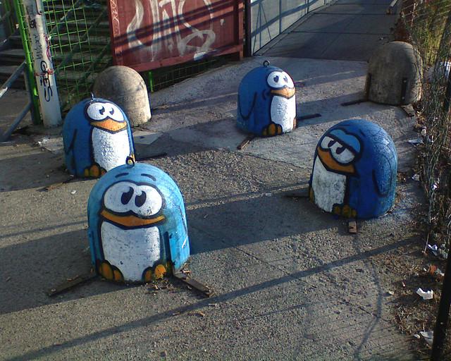 Arte urbano - Pinguinos dibujados en las calles