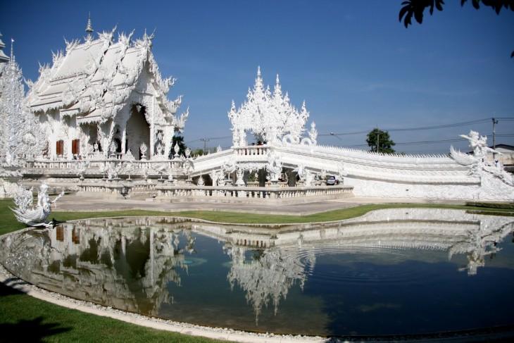 Wat Rong Khun templo de marmol