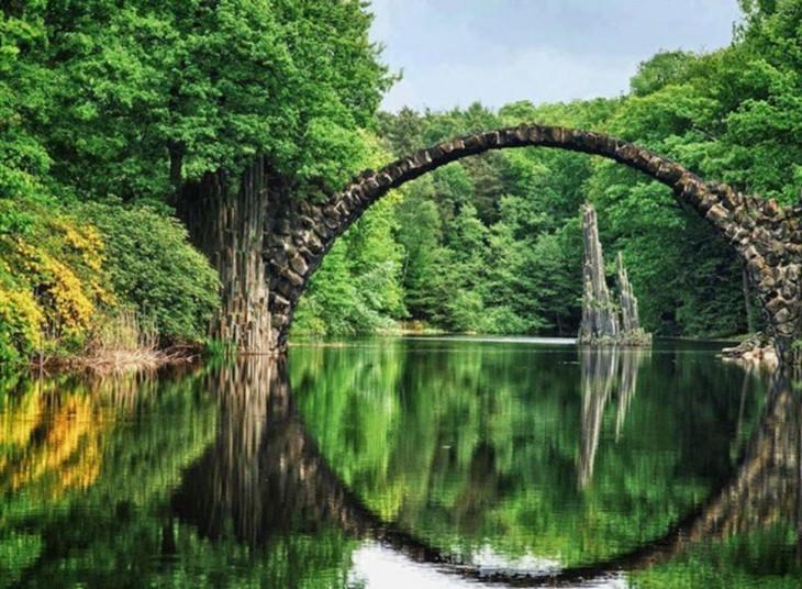 puente de piedra, aleania