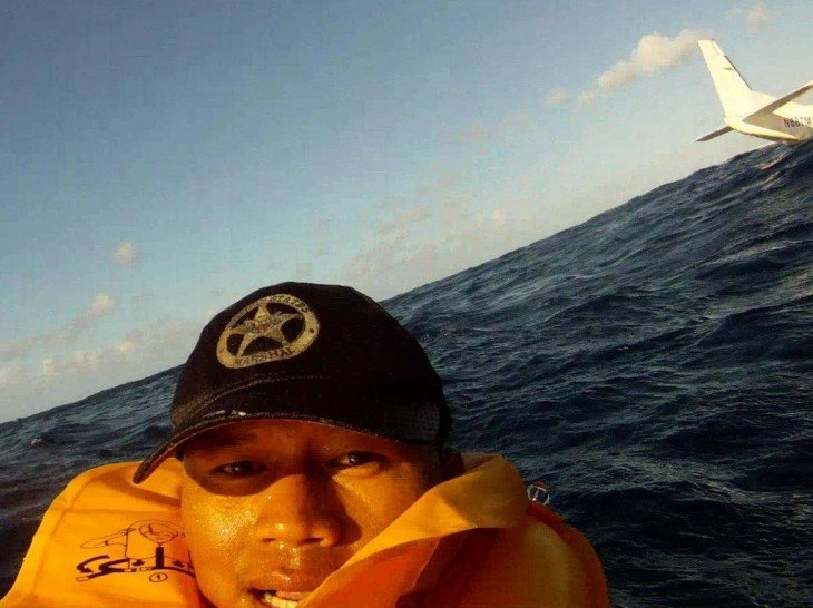 selfie Luego de un accidente aéreo