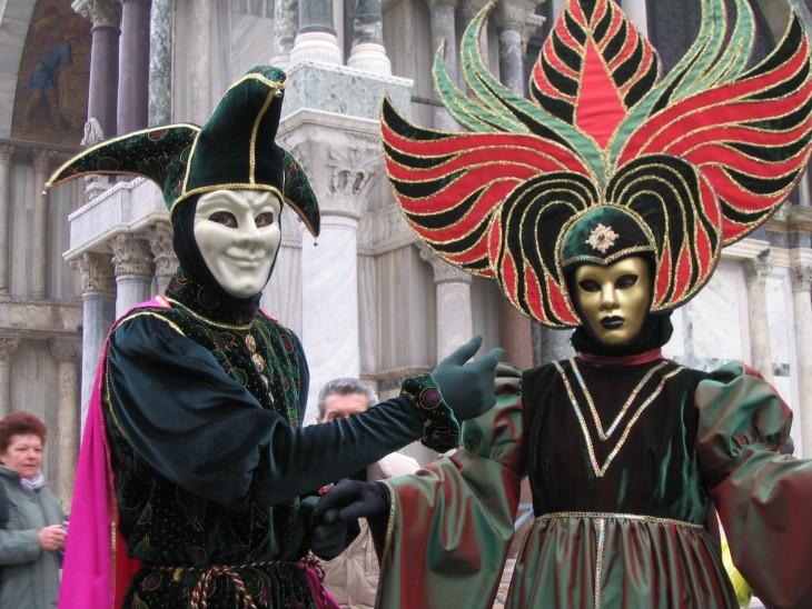 mascaras en el carnaval de Venecia