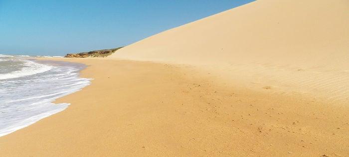 playa que parece desierto