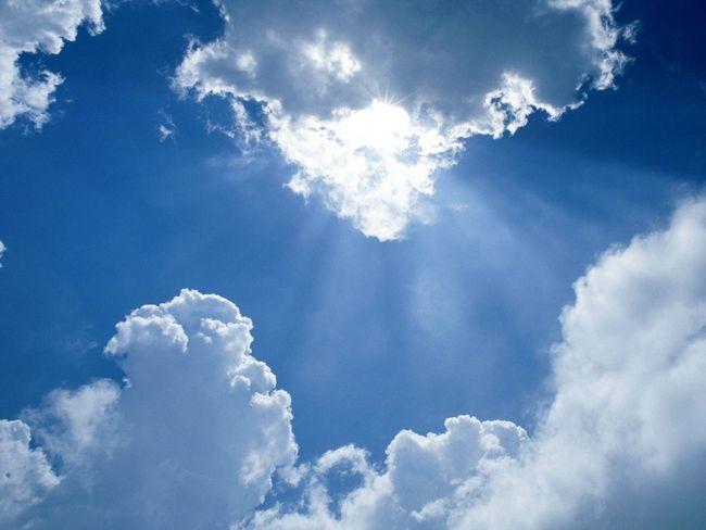 el cielo con nubes