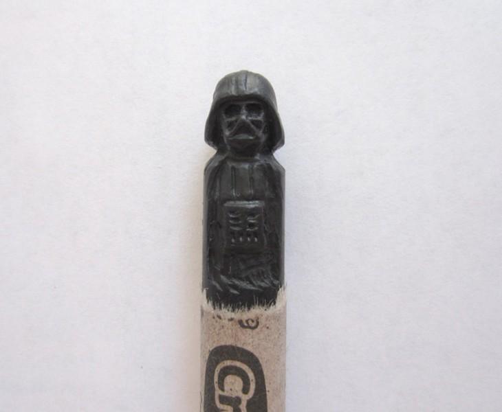 Figura de Darth Vader en una crayola