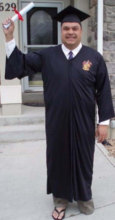 hombre disfrazado de harry potter