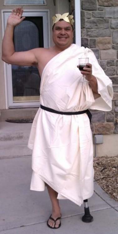 hombre disfrazado de romano