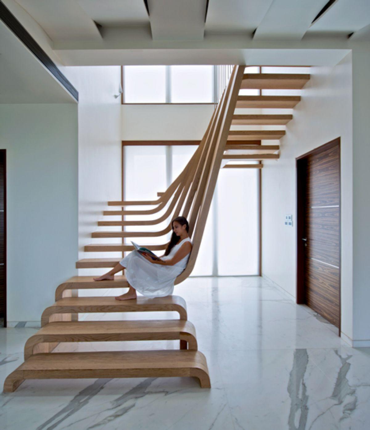 escaleras con respaldo - Fotos De Escaleras