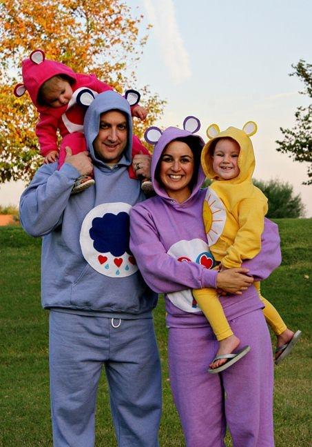 familia disfrazada de los ositos cariñositos