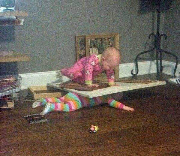 niño aplastado