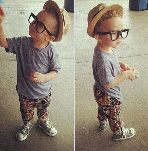 niño vestido como hipster