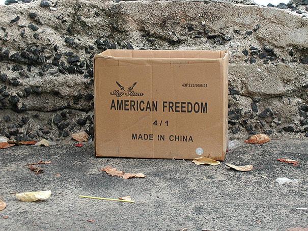 libertad en una caja