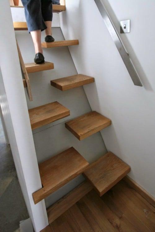 escalera de interior epinada