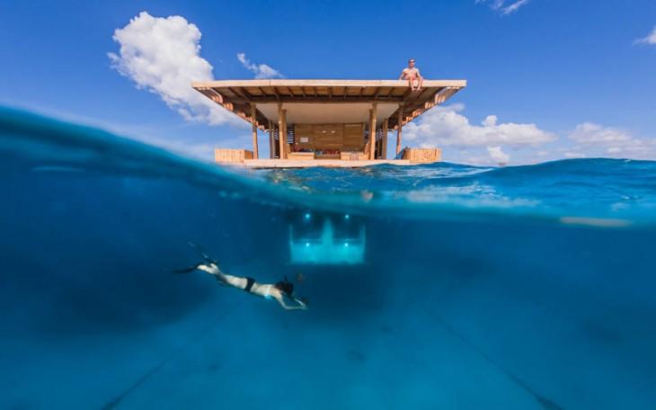 vista de la habitacion del hotel submarino en Zanaibar