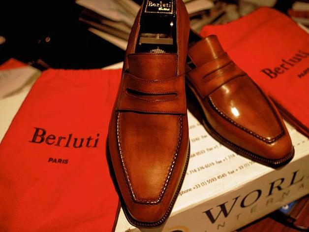 zapatos caros