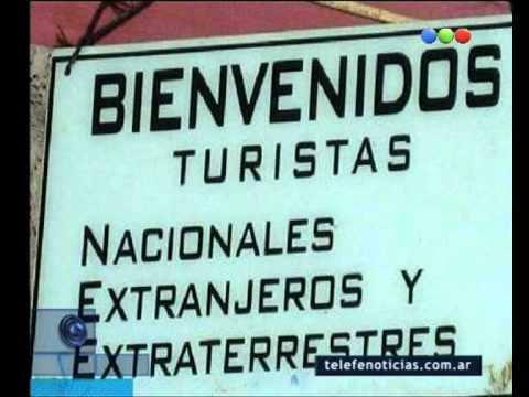 cartel da bienvenida a extraerrestres
