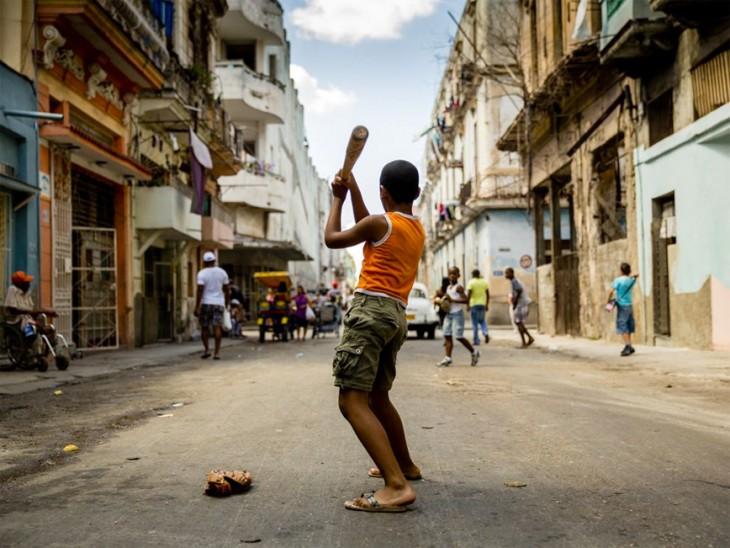 COMO JUGAR BEISBOL EN CUBA