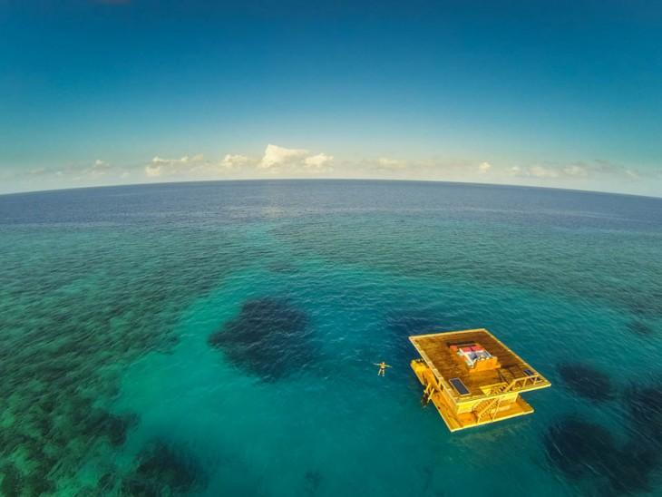 habitaciones marinas en el hotel submarino en Zanaibar