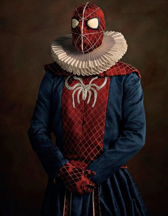 Spiderman vestido como en la edad media