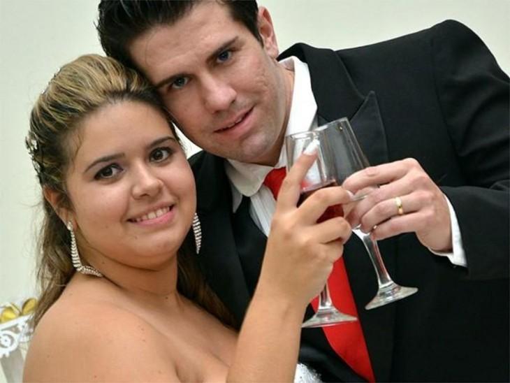 Sorprende a su novio con una boda sorpresa Leyenne de Olivera atrapó a Felipe Comparini