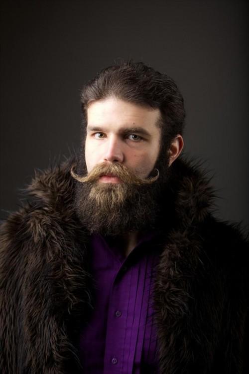 bigotes parados