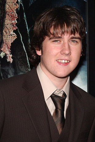 actor de harry potter neville lombotton