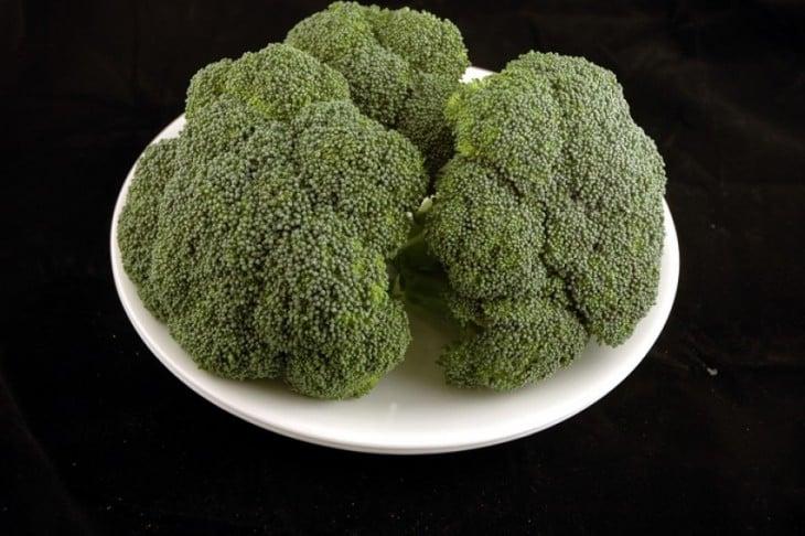 600 gramos de brócoli 200 calorías