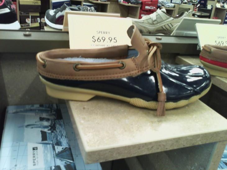 zapatos que no sirven para la lluvia pero fueron hechos para eso