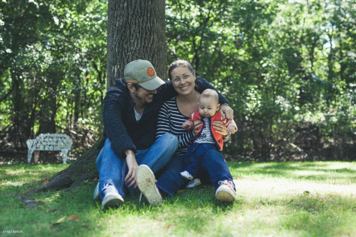 una familia en el parque