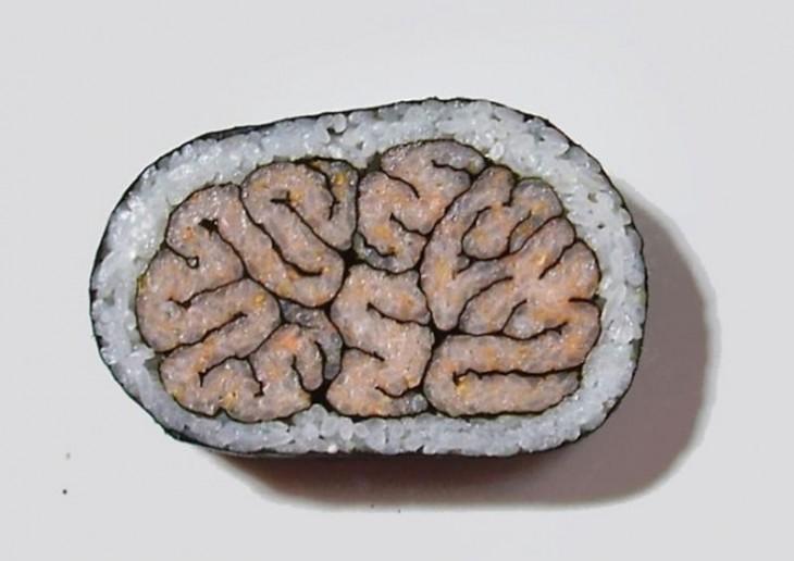 sushi en forma de cerebro