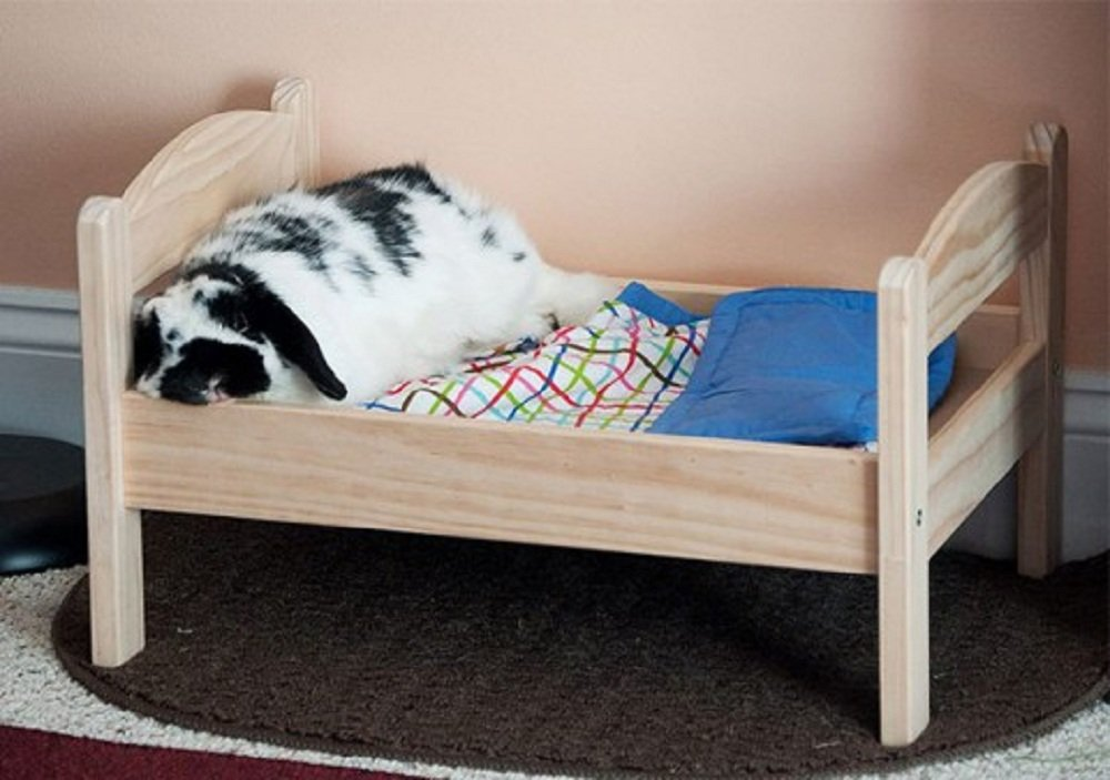 Japoneses transforman camas de mu ecas en camas para gatos for Cama para gatos