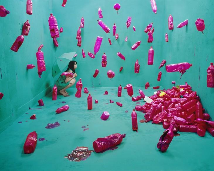 Botellas rozadas caen en habitacion turques