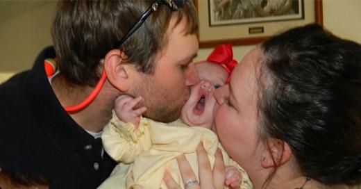 la verdadera razon por la que queremos abrazas, estrujar y besar a un bebe