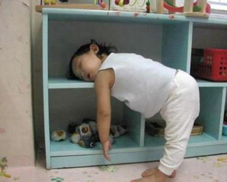 bebita durmiendo en la guarderia