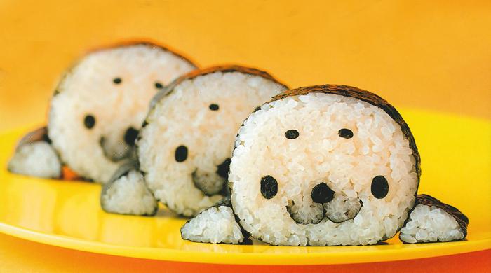 sushi hechos en forma de la cara de ositos