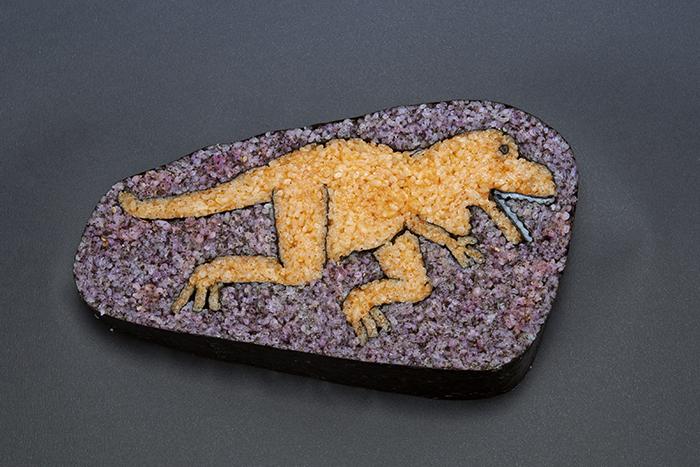 sushi en forma de dinosaurio
